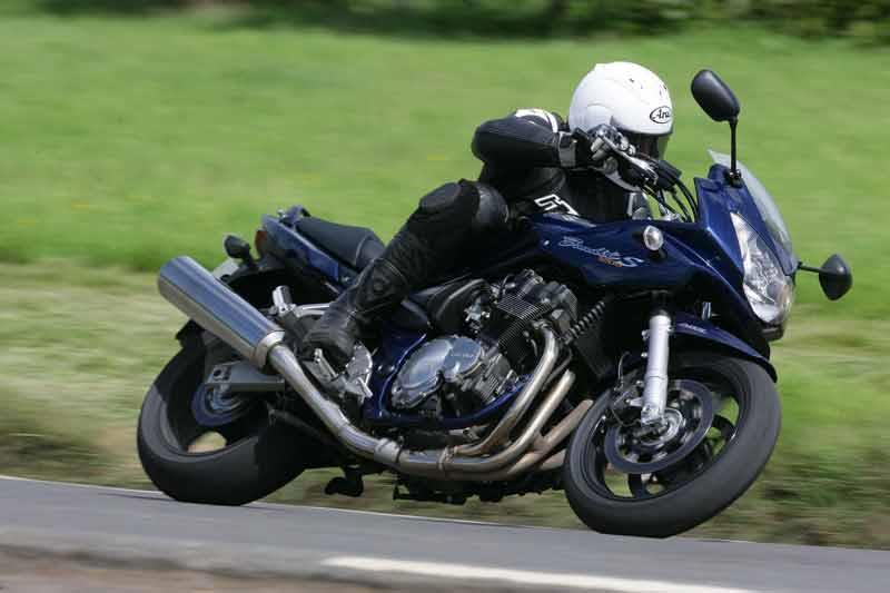 SUZUKI GSF1200 BANDIT (1996-2006) Motorcycle Review   MCN