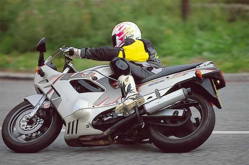 Masywnie SUZUKI GSX750F (1998-2005) Review | Speed, Specs & Prices | MCN JK06
