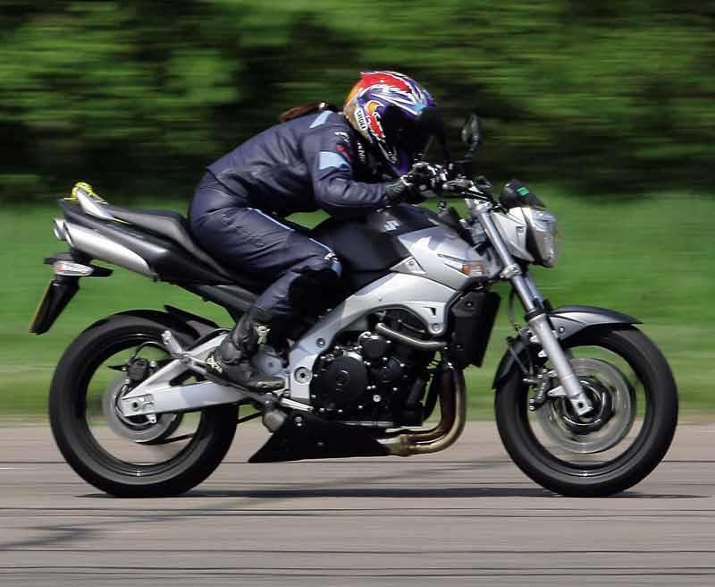 Suzuki Gsr600 2006 2010 Review Speed Specs Amp Prices Mcn