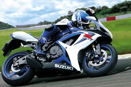 Suzuki GSX-R600 motorcycle review - Riding