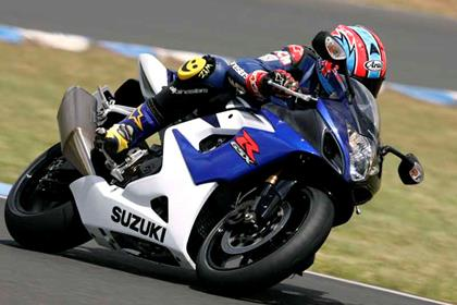 Suzuki GSX-R1000 motorcycle review - Riding