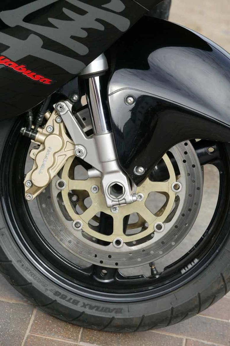 Suzuki Gsx1300r Hayabusa 1999 2007 Review Mcn Wiring For 99 300 Motorcycle Brakes