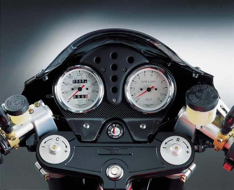 moto-guzzi v11 (2001-2005) review | mcn