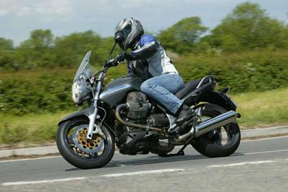 Moto Guzzi Breva 1100 motorcycle review - Riding