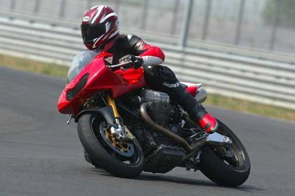 Moto Guzzi MGS-01 Corsa motorcycle review - Riding