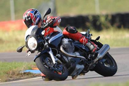 Moto Guzzi 1200 Sport motorcycle review - Riding