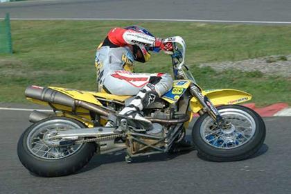 Husaberg FS 400E motorcycle review - Riding