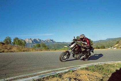 KTM Duke I/II motorcycle review - Riding