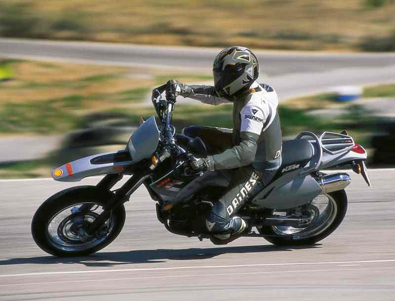 Ktm 640 supermoto 1998 2007 review mcn ktm 640 lc4 supermoto motorcycle review riding fandeluxe Choice Image