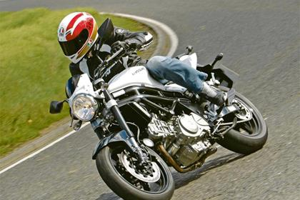 HYOSUNG GT650 COMET  (2004-on)