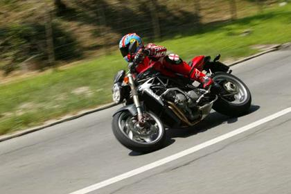 MV Agusta Brutale 750S motorcycle review - Riding
