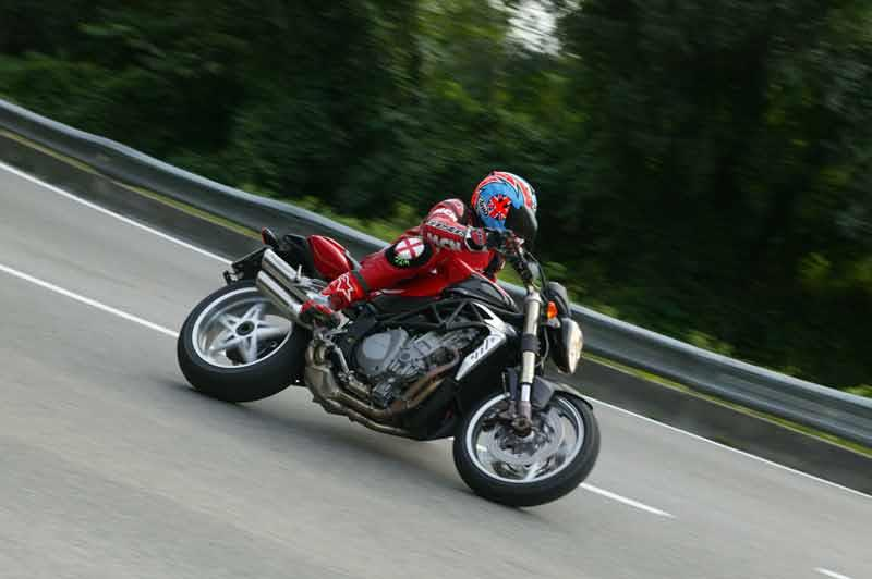 mv-agusta brutale 750 (2001-2006) review | mcn